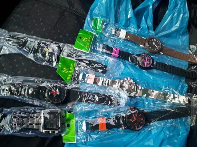7014c2b0322 Relógios de todos os modelos e marcas - Bijouterias