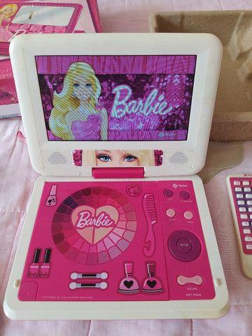 Dvd Portátil Da Barbie Tectoy (com Tela Giratória e entrada USB) - Foto 2