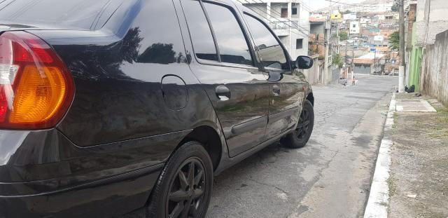 Clio Sedan 1.6 Completo Estudo Trocas - Foto 3