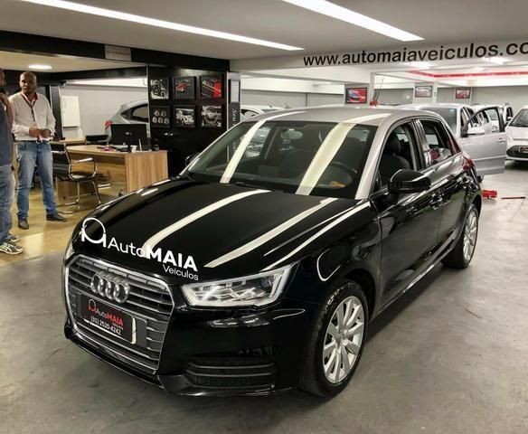 Audi A1 Sportback Attraction 1.4 TFSi com Bancos de Couro Top!!!