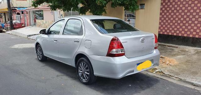 Toyota Etios Sedan XS 1.5 14/15 - Foto 4