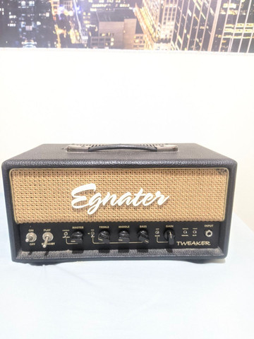 Amplificador Valvulado Egnater Tweaker + caixa 1x12 alto falante Eminence