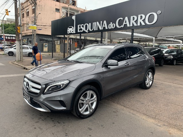 Mercedes gla 200 advance 2017 51.000 km todas revisoes feitas e ipva 2021 pago - Foto 13