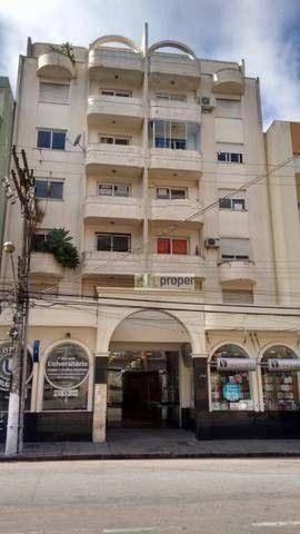 Apartamento com 1 dormitório para alugar, 50 m² por R$ 700,00/mês - Centro - Pelotas/RS