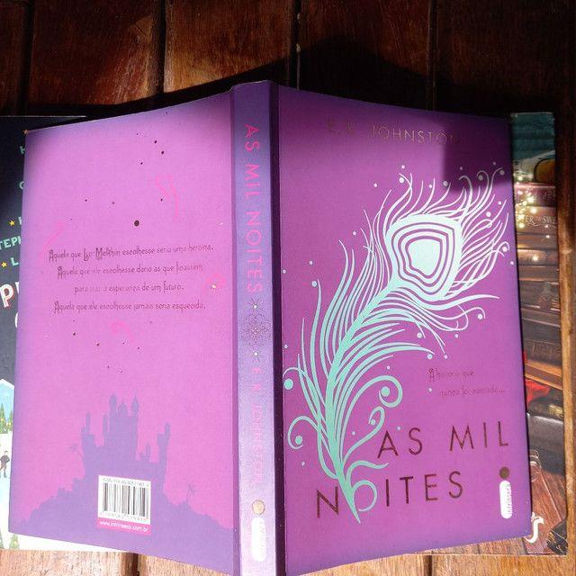 3 livros pelo preço de 2, 2 Romances e 1 de aventura - Foto 3