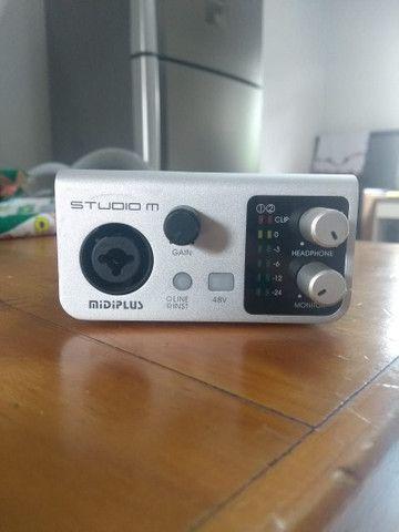 Interface de áudio Studio M 24 bits