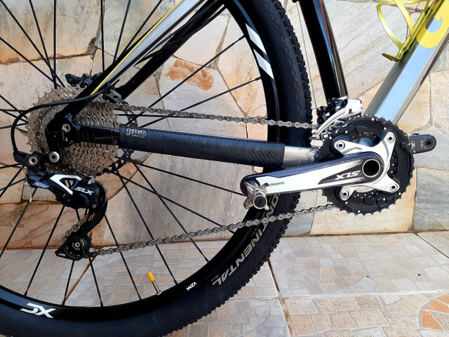Bicicleta mtb Giant XTC 29 - Foto 3