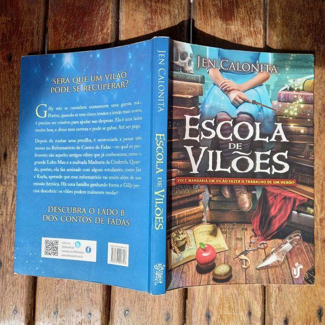 3 livros pelo preço de 2, 2 Romances e 1 de aventura - Foto 4