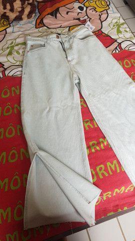 Calça jeans Pantacourt nunca usada - Foto 3