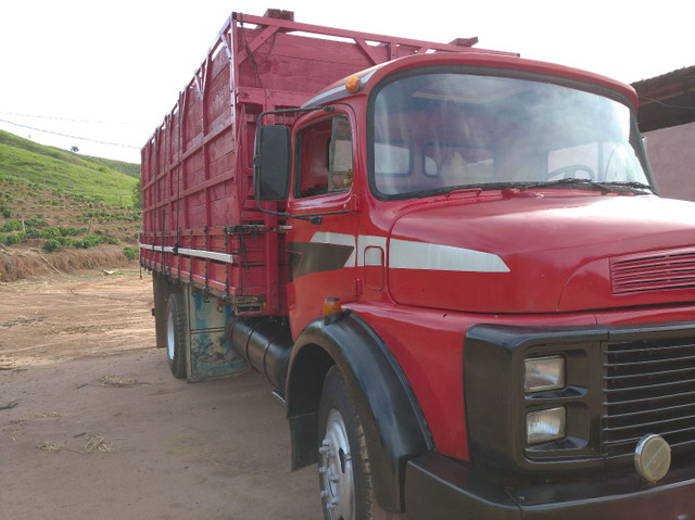 Caminhão boiadeiro - Foto 3