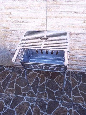 ( Nova) Churrasqueira Grande Desmontável Alumínio + Grelha - Foto 3