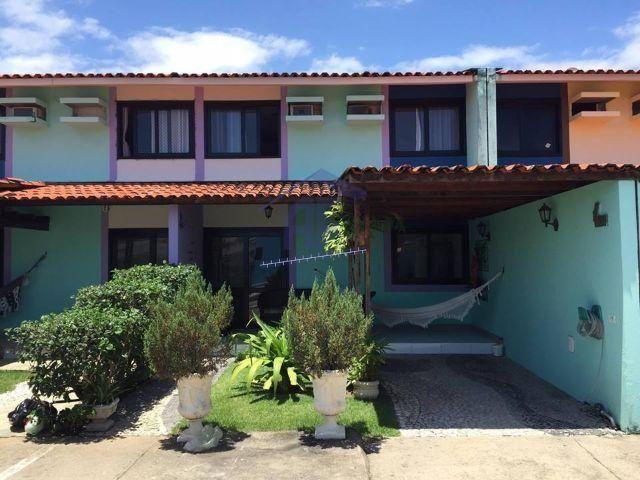 Casa com 3 quartos sendo 1 suíte - Condomínio Rapa Nui