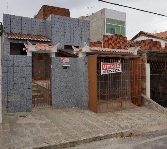 Casa na Prata / Pronta para morar / Excelente para Clínica / Próximo a Santa Clara
