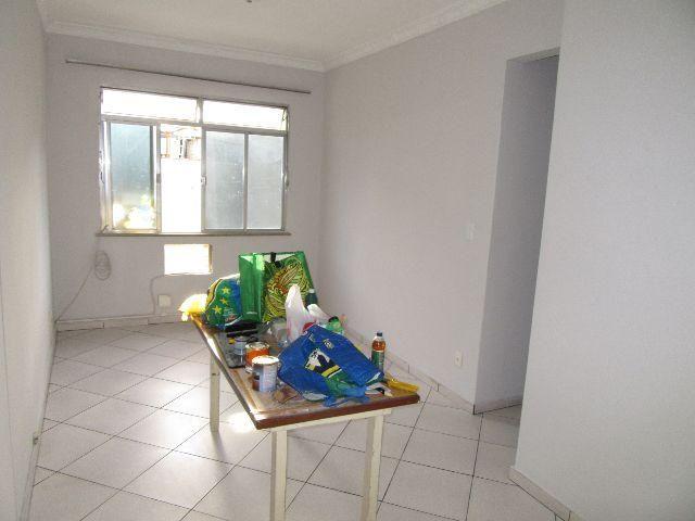 Apartamento 2 quartos na av pedro II cozinha grande reformado sao cristovao