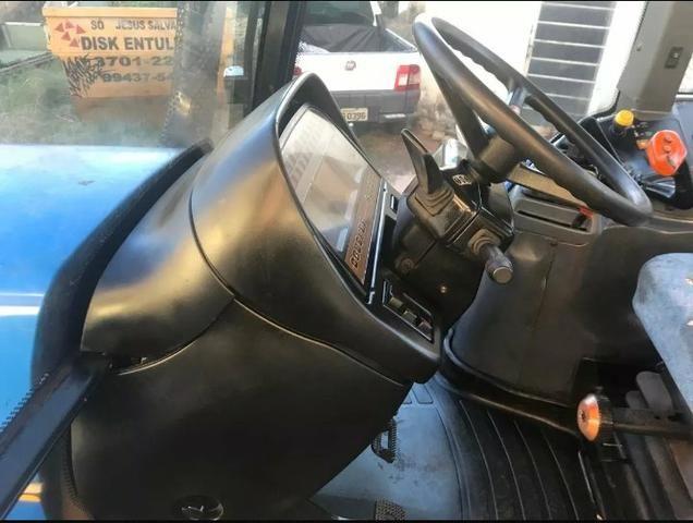 Trator new rolland tm 7040 - Foto 2