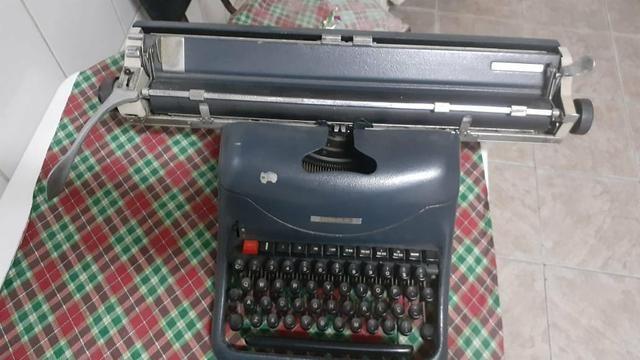 Máquina De Escrever Olivetti Industrial - Foto 2