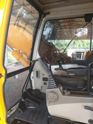 Escavadeira Hyundai 140 - Foto 5