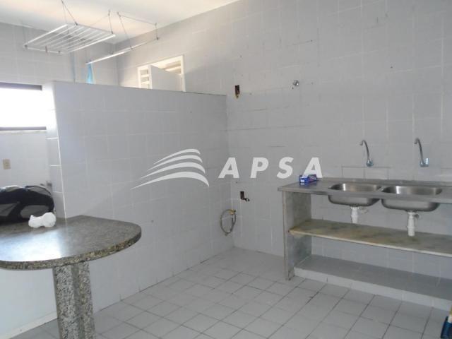 Apartamento para alugar com 3 dormitórios em Meireles, Fortaleza cod:28636 - Foto 11