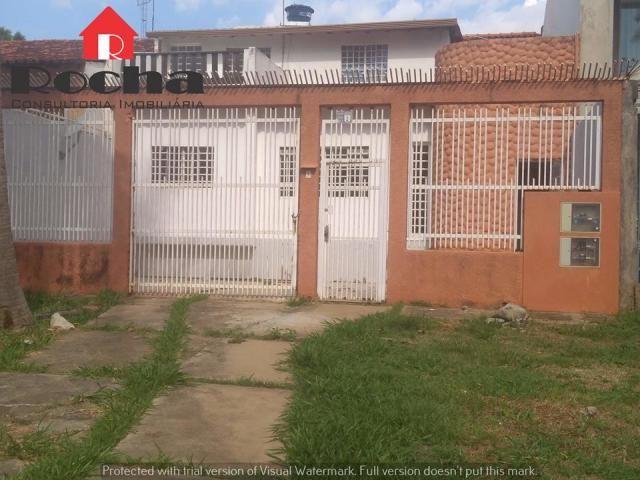 Quadra Central (Sobradinho) - Casa com 2 apartamentos