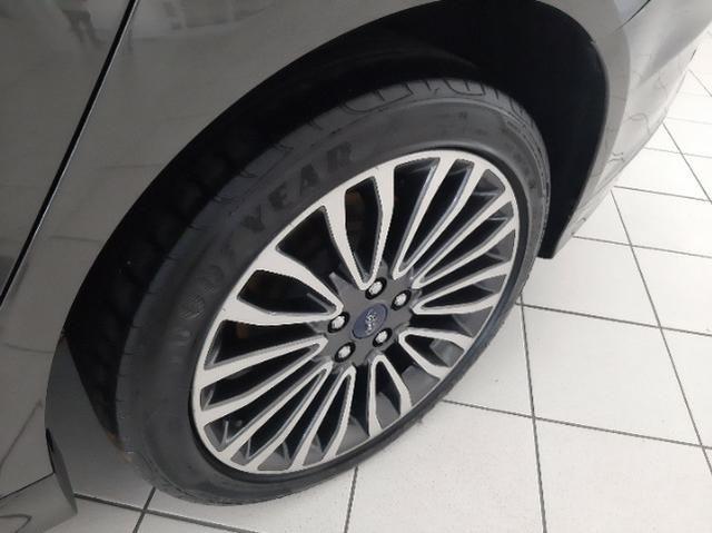 Ford Fusion Titanium AWD 2.0 Automático c/ Teto Solar - Foto 10