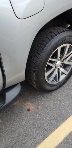Toyota Hilux SRX 2.8 4x4 - Foto 4