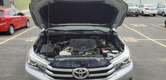 Toyota Hilux SRX 2.8 4x4 - Foto 7