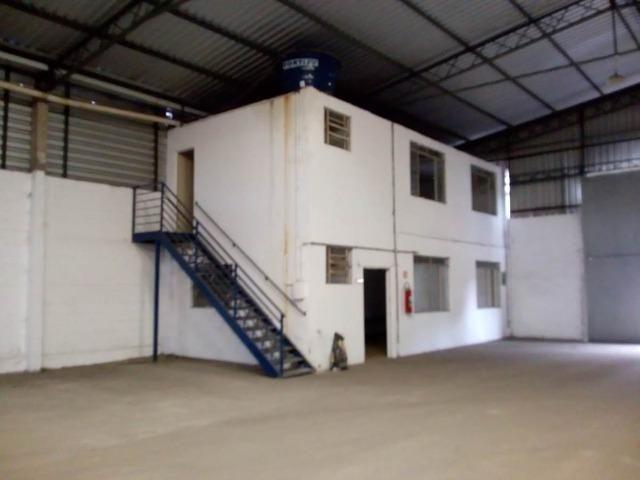 A-excelente localização Galpão para aluguel bairro Distrito Industrial - Foto 4