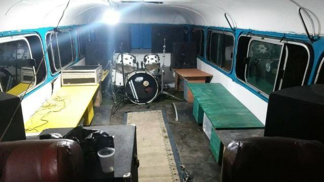 Troco ônibus por van ou outro veiculo utilitário - Foto 5