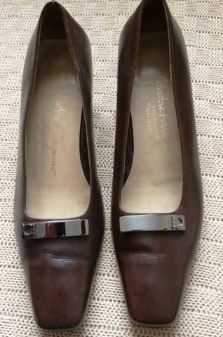 Sapato Salvatore Ferragamo Feminino Couro Marrom Fivela 35 Usado ... 9cd5120027
