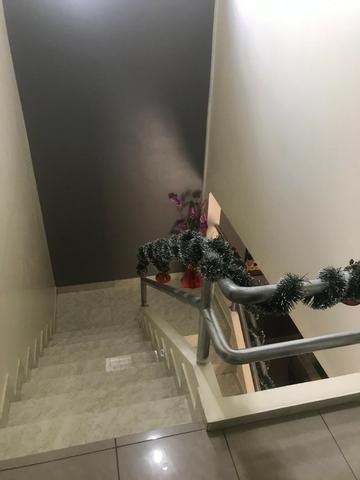 100% Mobiliado Cond. Dalva Toledo Casa Duplex 230m² c/ 04suítes no PQ das Laranjeiras - Foto 10