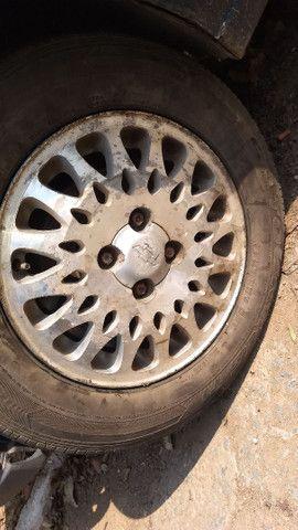 Vendo ou troco essas rodas do vectra - Foto 4