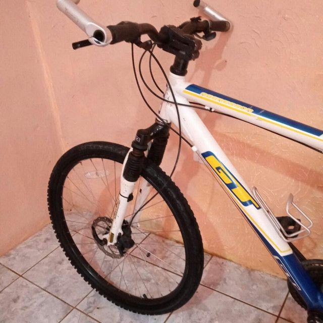 Bike de Alumínio GT Freio a Disco - Foto 3