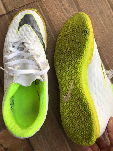 Chuteira Nike. usada em 3 raxas