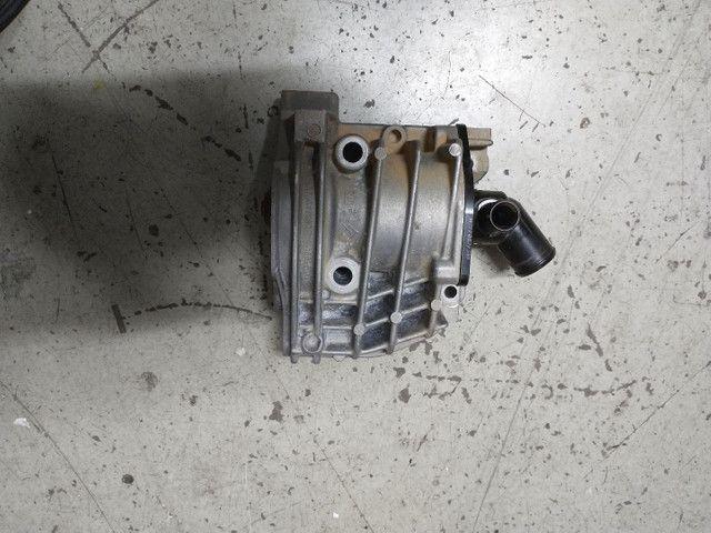 Carcaça e Bomba de Água C 3 1.5 Peugeot Original