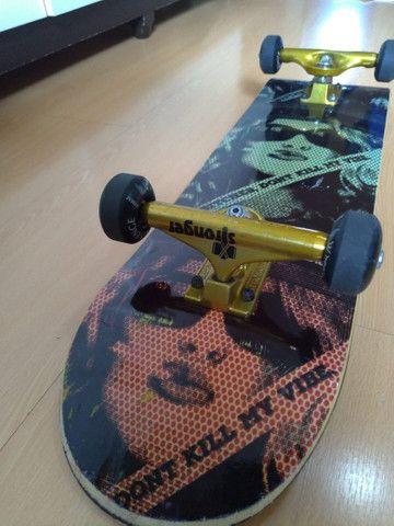 Vendo skate montado pouco usado
