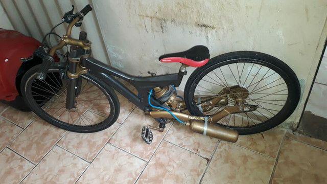 Bike Aro 26 com suspensão a ar - Foto 3