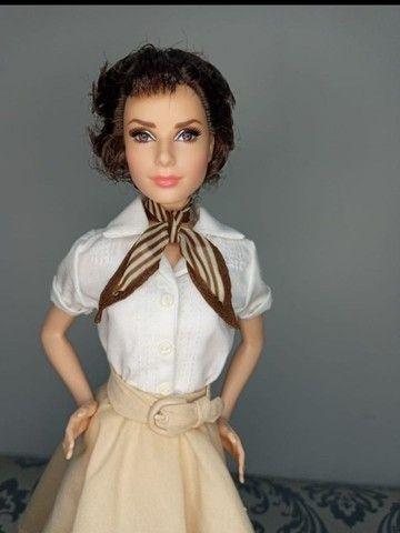 Boneca Barbie Collector Audrey Hepburn Roman Holiday - Foto 5