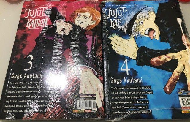 Mangá Jujutsu Kaisen volumes 3 e 4 novos e lacrados - Foto 3
