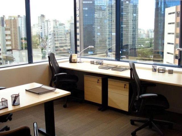Escritório privado para 3 pessoas em Regus Regus Renaissance Work Center