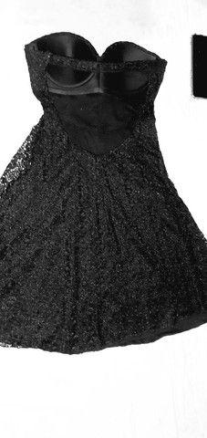 Vestido preto Tomara que cai (P)otimos para ensaios de formaturas e festa especiais.