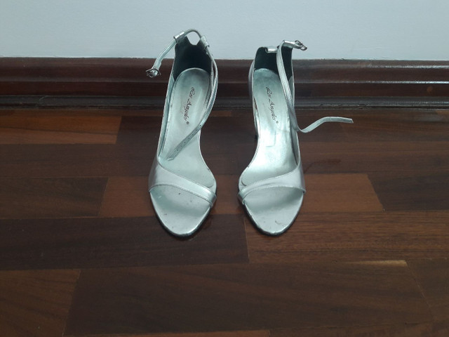 Sapatos / Sandálias  - Foto 4