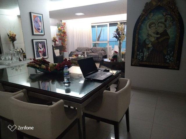 SIM| Apartamento com quartos, sendo 03 suítes, 04 vagas, 160m² a Beira Mar de Olinda - Foto 13