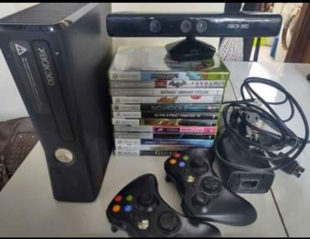 Xbox 360 seminovo 2 controles e kinect  - Foto 3
