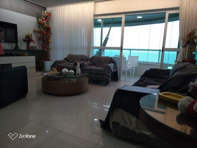 SIM| Apartamento com quartos, sendo 03 suítes, 04 vagas, 160m² a Beira Mar de Olinda - Foto 2