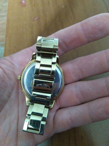 Relógio LINCE feminino dourado - Foto 3