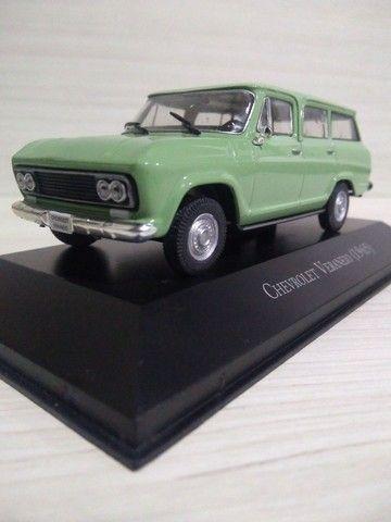 Miniatura Chevrolet Veraneio ( 1965 )