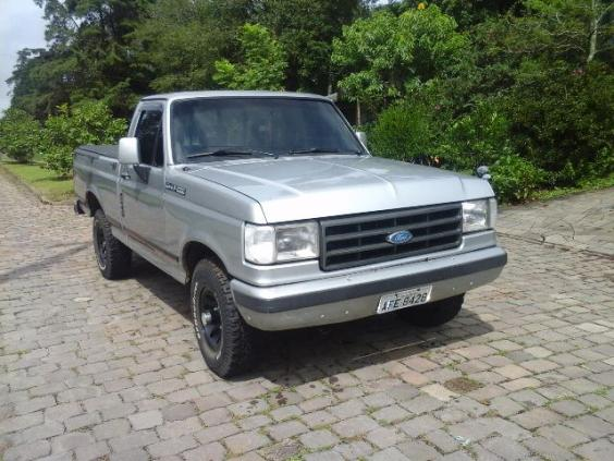 FORD F-1000 4X4 TURBO