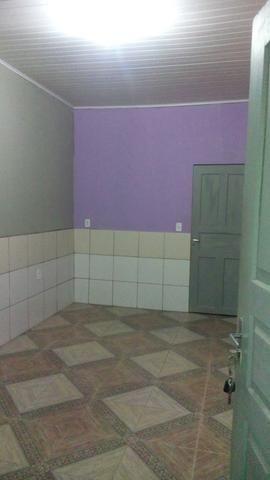 Alugo apartamento 400