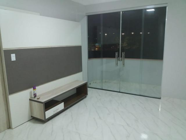 Apartamento na Constantino Nery