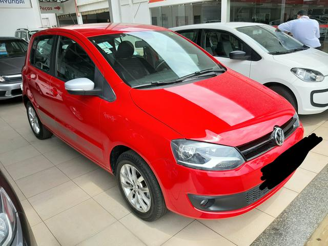 Vendo VW Fox 1.6 versão Rock IN RIO 13-14 valor: R$33.900,00